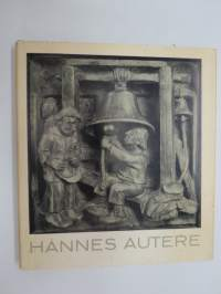 Hannes Autereen taidetta -the art of Hannes Autere, wood-carved reliefs